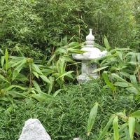 bambushain-mit-granitlaterne-kasuga_0