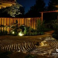 Zen Garten bei Nacht