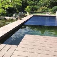 Schwimmteich mit Koiteich-Filteranlage